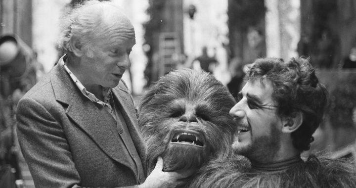 Peter Mayhew, (Chewbacca-Star war) has died