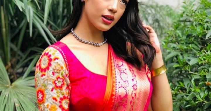 Anna Sharma Biography, Boyfriend, Family, Earning, Career