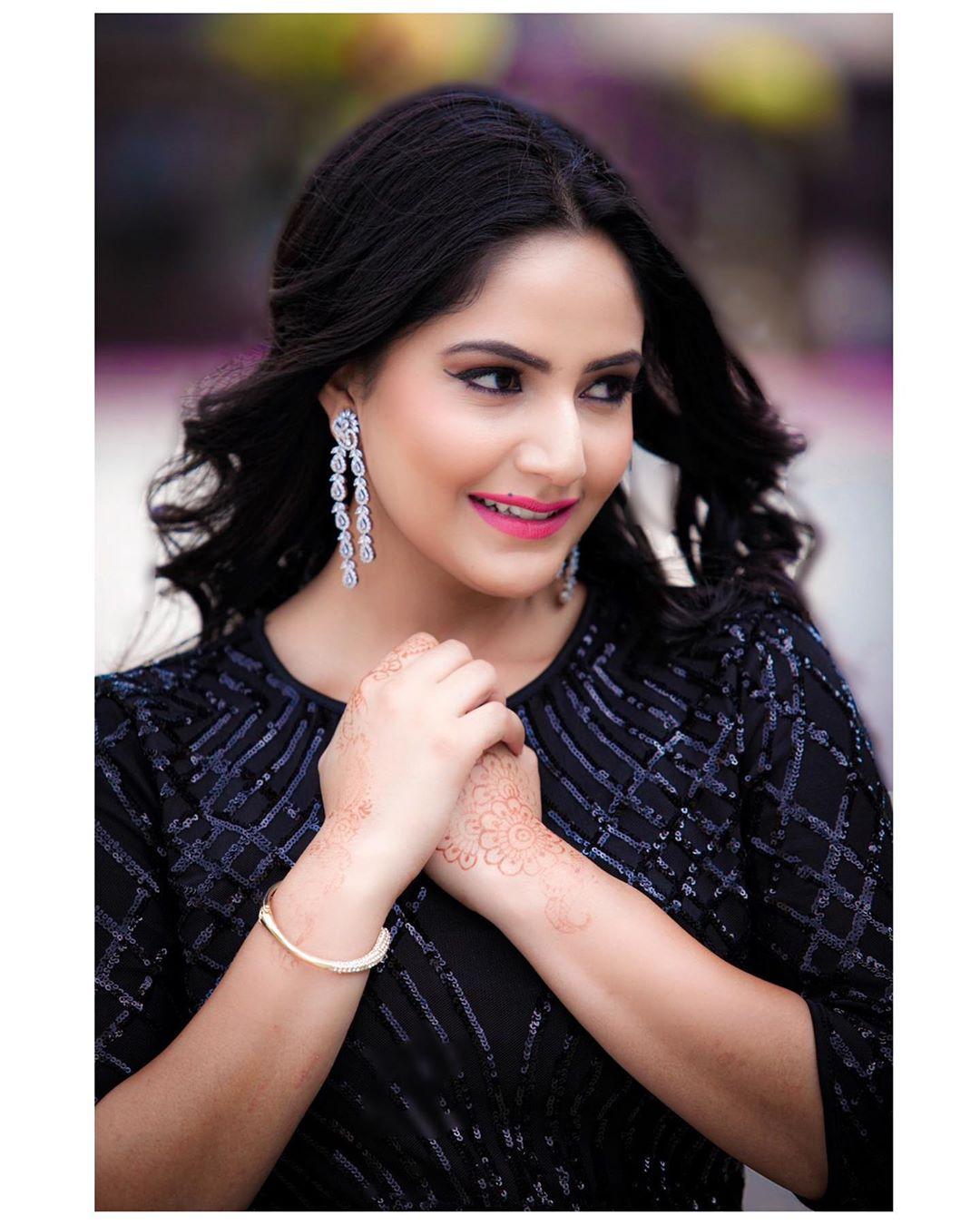 Barsha Siwakoti