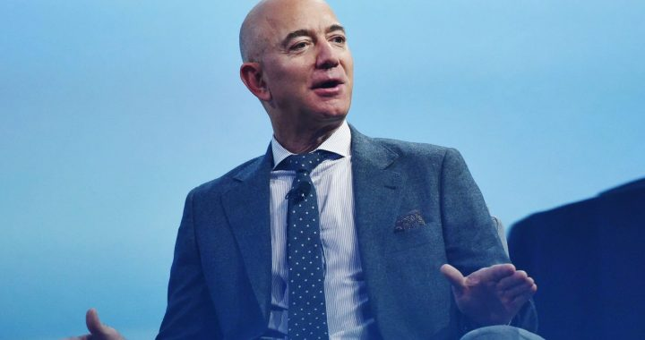 Jeff Bezos Biography and Success story | Richest man on Earth