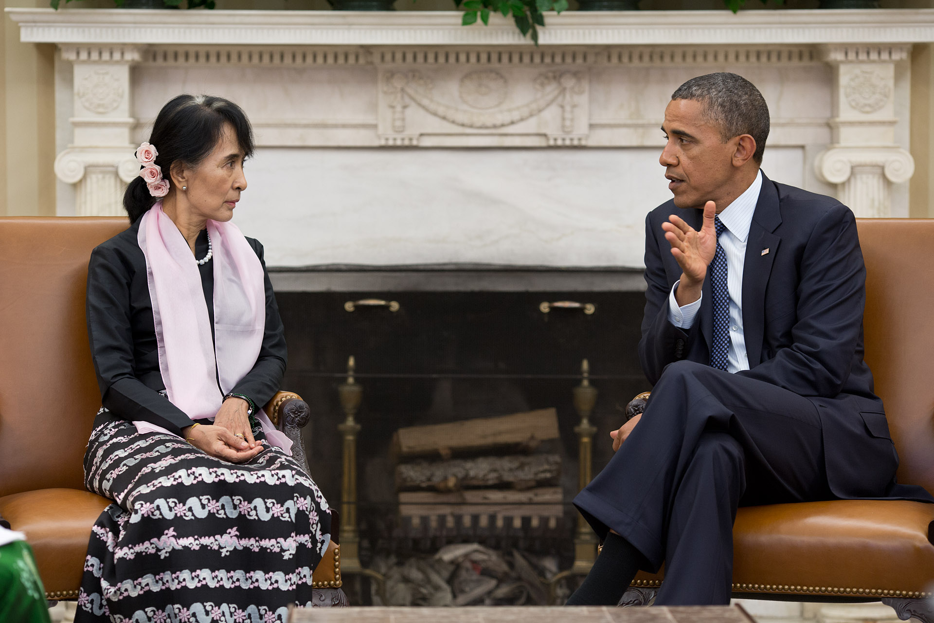 Aung San Suu Kyi meets Barak Obama