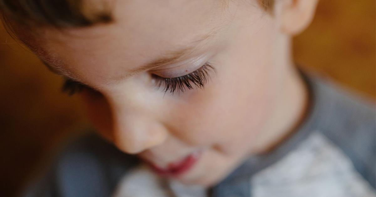 falling eyelash and wish
