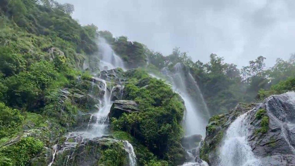 Tindhare Jharana Bahubali Waterfall