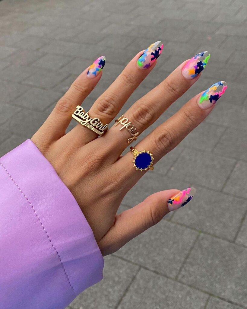 Autumn nail arts